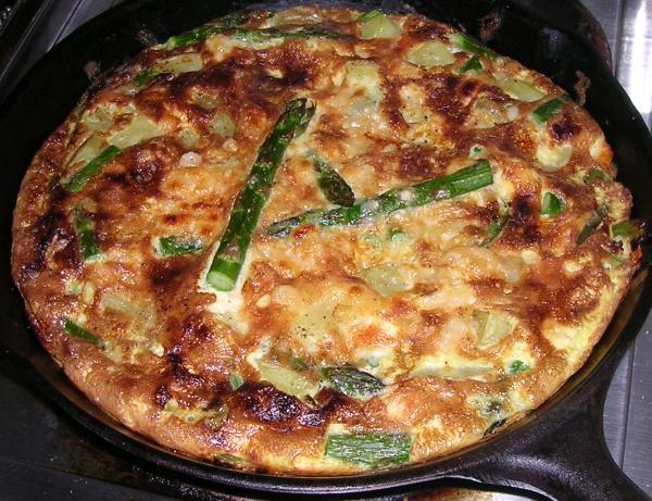 Frittata with asparagus and potato